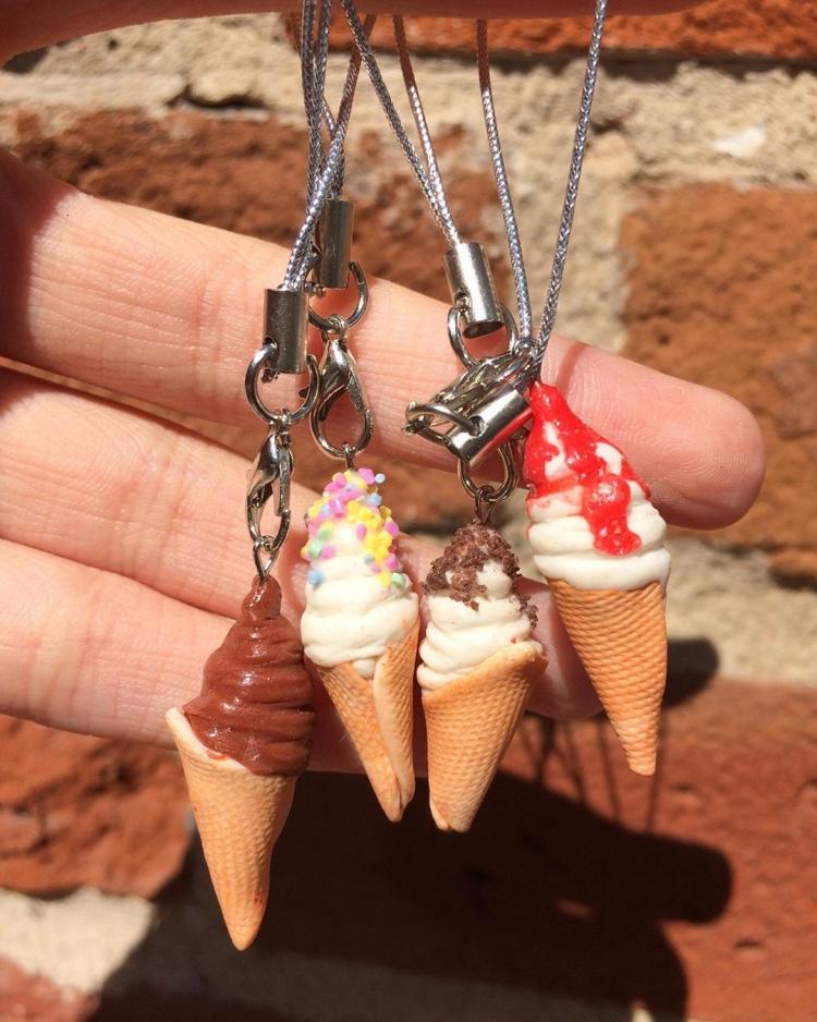кулоны мороженое из полимерной глины