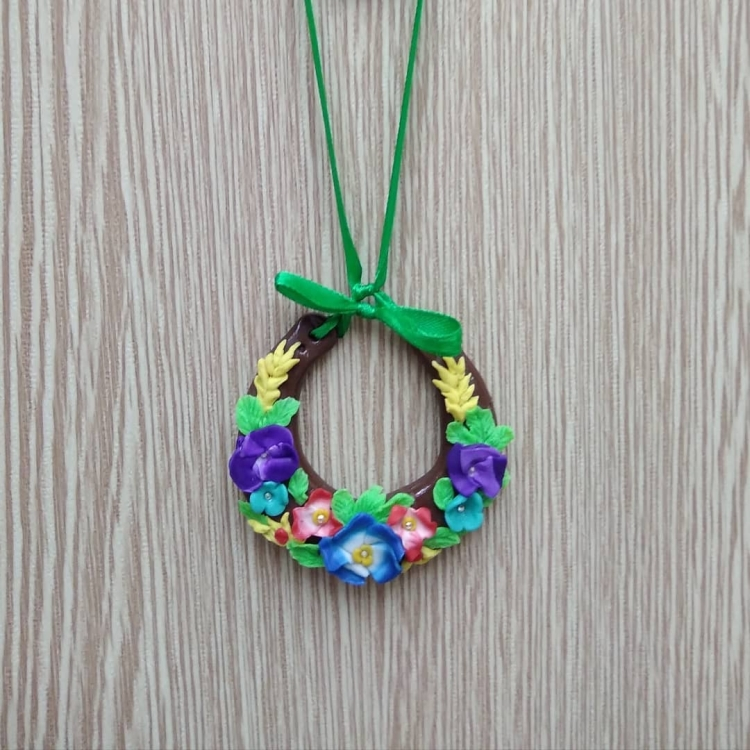 pendant made of polymer clay (4)